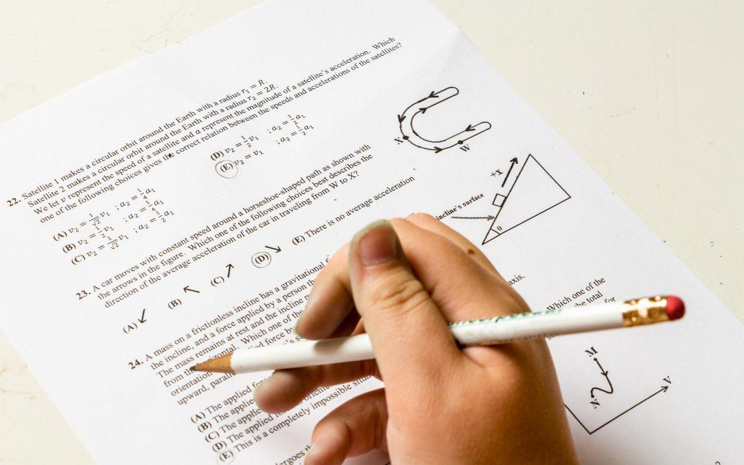 Cómo puedo ayudar a mi hijo con los deberes